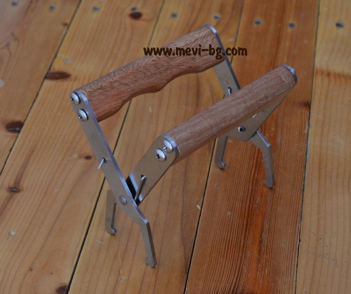 Щипка за рамки с дървени дръжки