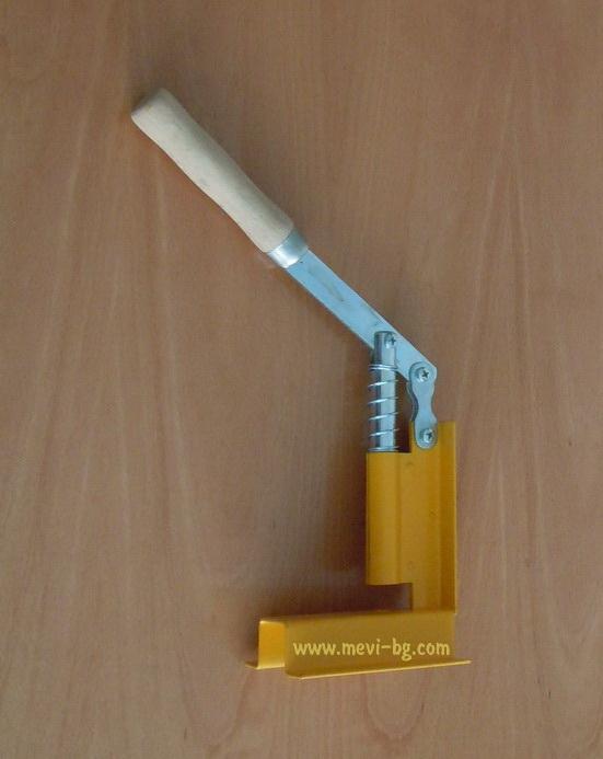 Puncher for frame holes